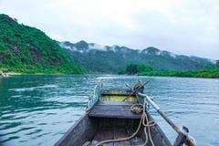 Quang Binh, Vietnam - 13 juillet 2018 : Entrée de caverne de Phong Nha en parc national de coup de Phong Nha-KE, un site de patri images libres de droits