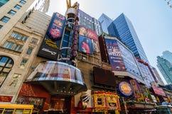 quarante-deuxième Rue, signes de Times Square et plus… Image stock