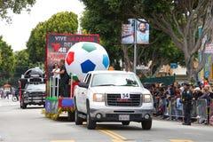 quarante-et-uni?me d?fil? grand annuel de Carnaval ? San Francisco, la Californie photos libres de droits
