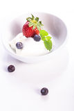 Quark with strawberries Royalty Free Stock Photography