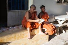Quart de moines bouddhistes Photos libres de droits