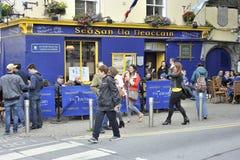 Quart latin, Galway, Irlande en juin 2017, Irlandais de Tigh Neachtain Photos libres de droits