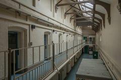 Quartier cellulaire intérieur dans la prison de HMP Shrewsbury Dana Images stock