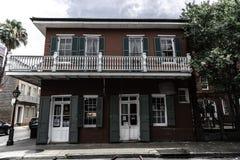 Quartier français de la Nouvelle-Orléans et ses balcons iconiques photo stock
