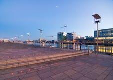 Quartiers des docks de Dublin par Night Images stock