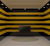 Quarto com tevê e as paredes pretas e amarelas Fotografia de Stock