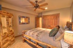 Quarto da cama   Fotografia de Stock