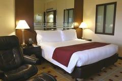 Quarto de hóspedes luxuoso do hotel, Singapura Imagem de Stock