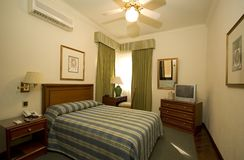 Quarto de hotel clássico fotografia de stock