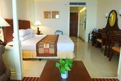 Quarto de hotel luxuoso Foto de Stock Royalty Free
