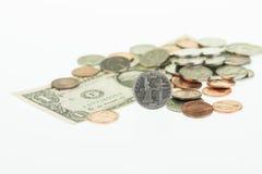 Quarto dello Stato di New York con un dollaro e un primo piano delle monete Immagine Stock Libera da Diritti