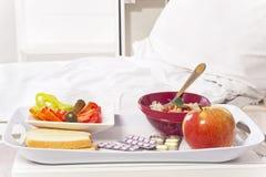 Quarto e alimento de hospital Fotografia de Stock