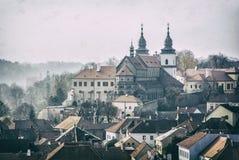 Quarto e castelo judaicos, Trebic, filtro checo, análogo imagens de stock royalty free