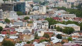 Quartos e atrações turísticas residenciais em Tbilisi, Geórgia, sequência vídeos de arquivo