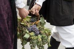 QUARTU S e , ITÁLIA - 15 de setembro de 2013: Festival de vinho, em honra da celebração de St Helena - Sardinia Imagem de Stock