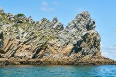Quartzite βράχοι στην ατλαντική ακτή της Βρετάνης στοκ φωτογραφίες με δικαίωμα ελεύθερης χρήσης