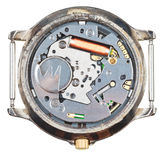 Quarzarmbanduhrbewegung in der alten Uhr lokalisiert Lizenzfreie Stockbilder