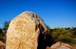 Quarzdetail an den weißen Felsen Stockfotografie
