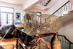QUATLAM het NATIONALE FESTIVAL van de PLATTELANDSkeuken, NAMDINH, VIETNAM - DECEMBER 7, 2014 - Traditionele visserijhulpmiddelen  Stock Afbeeldingen