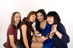 Quatre amis heureux Images libres de droits
