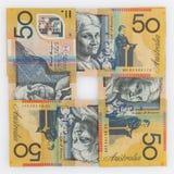 Quatre 50 billets d'un dollar australiens dans une disposition carrée Photo stock