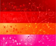 Quatre drapeaux grunges avec des coeurs et floraux Photo stock