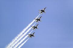 Quatre faucons de combat de l'Armée de l'Air d'USA F-16C Images libres de droits