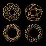 Quatre noeuds mathématiques d'or - comprend le chemin de découpage Photographie stock libre de droits
