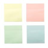 Quatre notes collantes colorées Photographie stock libre de droits