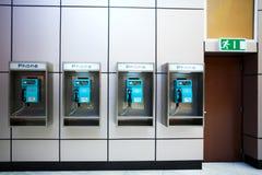 Quatre téléphones Images stock