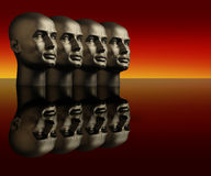 Quatre têtes de mannequin sur une surface r3fléchissante Photographie stock
