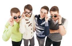 Quatre types frais dans des lunettes Image libre de droits