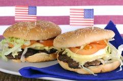 Quatrième des Etats-Unis des hamburgers de juillet Photographie stock