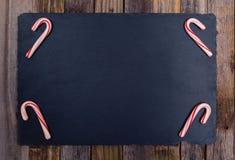 Quatro bastões de doces listrados do feriado Fotos de Stock