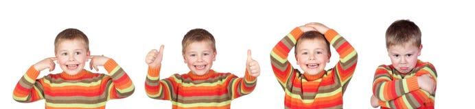 Quatro crianças iguais com expressões diferentes imagem de stock royalty free