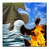 Quatro elementos em um enigma torcido Foto de Stock