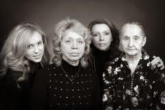 Quatro gerações de mulheres em uma família Fotografia de Stock Royalty Free