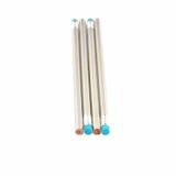 Quatro lápis de prata isolados no branco Fotografia de Stock