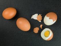 Quatro ovos cozidos duros frescos Imagem de Stock Royalty Free