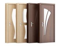 Quatro portas de madeira isoladas no branco Imagens de Stock