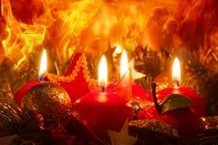 Quatro velas do advento Imagens de Stock