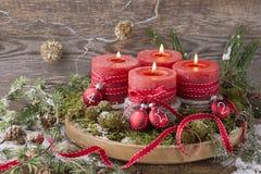 Quatro velas do Natal imagem de stock royalty free
