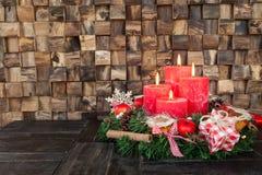 Quatro velas vermelhas do advento Fotos de Stock Royalty Free
