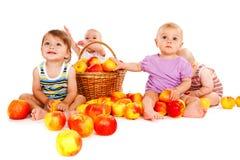 Quattro bambini allegri Fotografia Stock