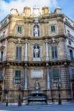 Quattro Canti, одна из 4 сторон восьмиугольного квадрата внутри Стоковая Фотография