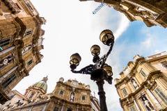 Quattro Canti fyrkant i Palermo, Italien royaltyfri bild
