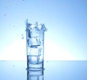 Quattro cubi di ghiaccio immagini stock libere da diritti