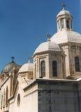Quattro cupole hanno completato con gli incroci nella vecchia città di Gerusalemme immagini stock libere da diritti
