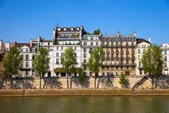 Quay Парижа стоковая фотография rf