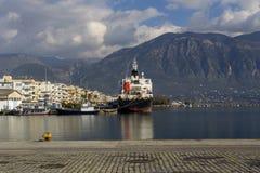 Quay de la ciudad de Kalamata Grecia, prefectura de Messinia, Peloponeso fotos de archivo